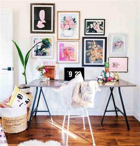 lukisan dinding  mampu permanis berbagai ruangan