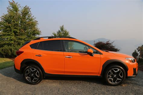 subaru crosstrek 2018 subaru crosstrek review autoguide com news