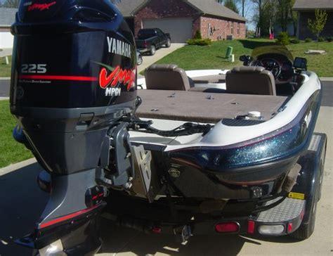 Bass Boat Jack Plate Setup by Triton