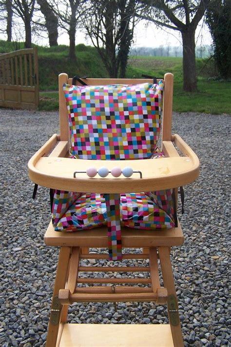 chaise haute bebe fille coussin de chaise haute bébé chaise