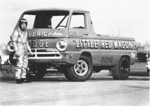 Maverick Bill Goldens Little Red Wagon