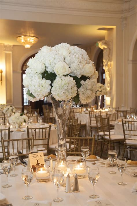 Winter Wedding At The Crystal Ballroom Wedding Bouquets
