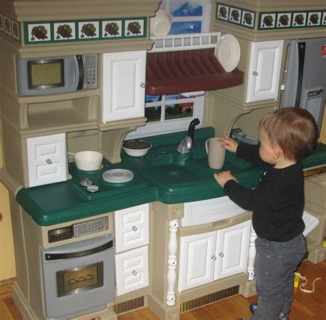 step 2 lifestyle deluxe kitchen step2 lifestyle deluxe kitchen tylerstoyreviews