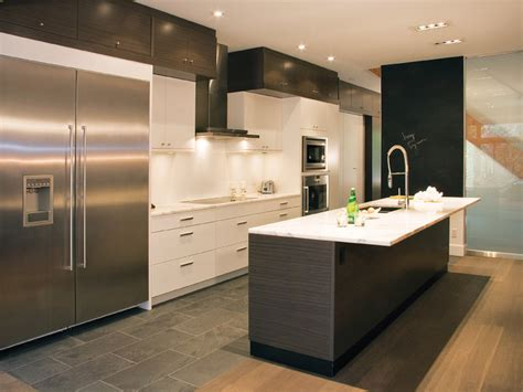 slate grey kitchen cabinets stratus slate grey zebrano with cirrus oyster modern 5318