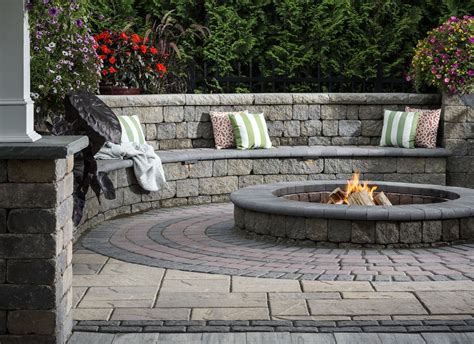 patio seat wall design seat wall design ideas outdoor living by belgard
