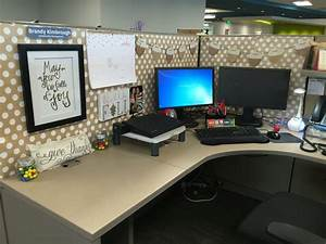 Best 25 Cubicle Makeover Ideas On Cubicle Ideas Work Desk ...