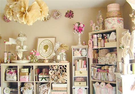 Vintage Craft Room Style That Is Perfection!