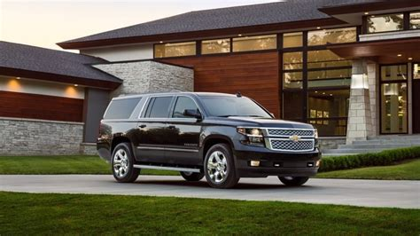Chevy Acadia 2017 by 2017 Chevrolet Suburban Vs 2017 Gmc Acadia