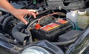 Ou Acheter Une Batterie De Voiture : m canique changer batterie ou cosse de voiture ~ Medecine-chirurgie-esthetiques.com Avis de Voitures