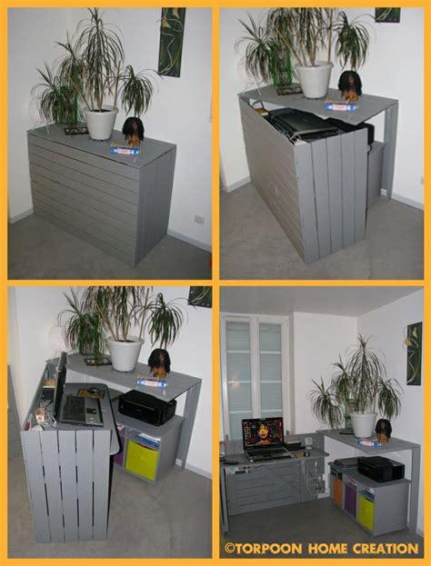 bureau en palettes diy un bureau caché réalisé avec des palettes consoles