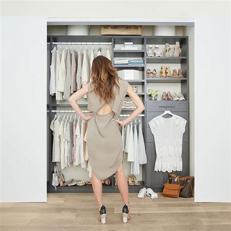 Cleaning Out Closet by Tips For Cleaning Out Your Closet Popsugar Fashion