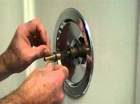 repair  leaky single lever moen bath  shower faucetolder style youtube