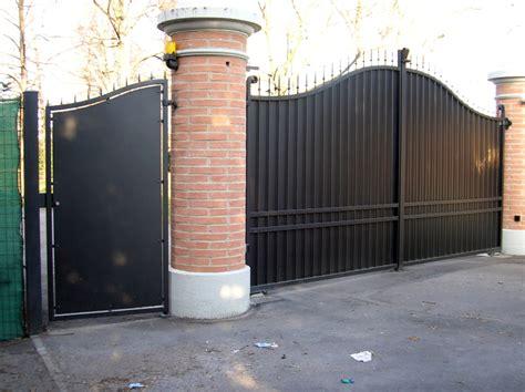foto cancello carraio  pedonale  ferro battuto  po