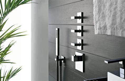 Shower Fixtures & Tub Fillers   Tiles Plus