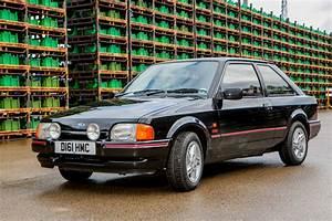 Ford Escort Xr3i : battle of yesterday 39 s speed machines vauxhall astra gte ~ Melissatoandfro.com Idées de Décoration