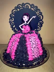 you to see draculaura high cake by kanarellas