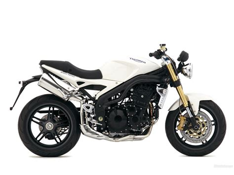 Triumph Speed Triple 1024 X 768 Wallpaper