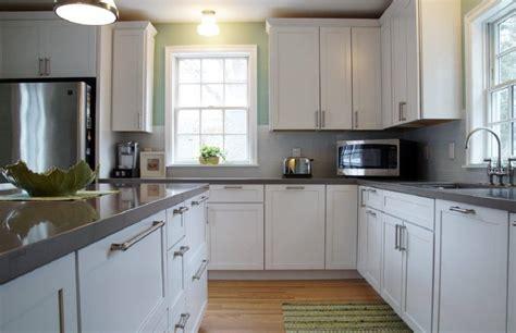 white kitchen cabinet trend    stay