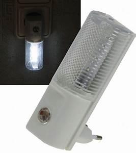 Nachtlicht Mit Steckdose : led nachtlicht mit d mmerungsschalter 1w 230v steckdose ~ Watch28wear.com Haus und Dekorationen