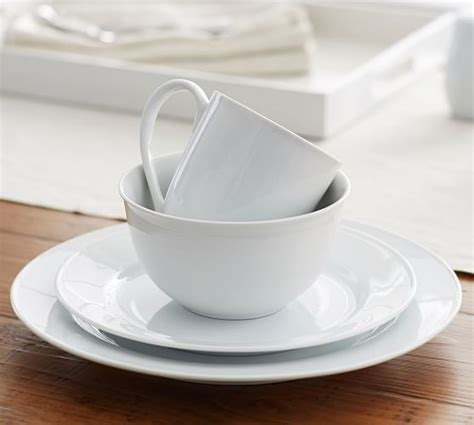 pottery barn white dishes great white traditional dinnerware pottery barn