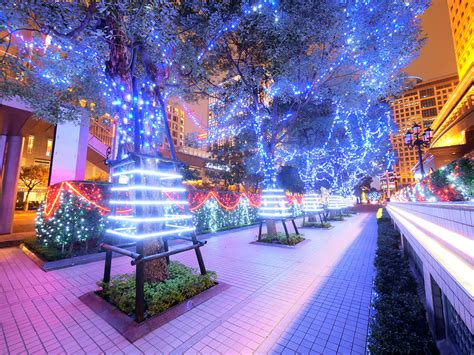 commercial christmas light installation  love holiday