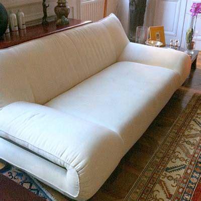nettoyage canapé tissu à domicile touteclat nettoyage lyon