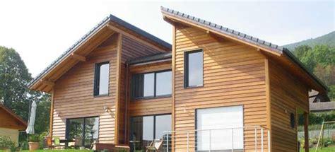 maison rondins de bois maisons bois homeandgarden