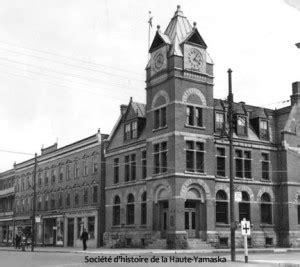 bureau de poste hotel de ville la bibliothèque municipale de granby 1944 1985 un