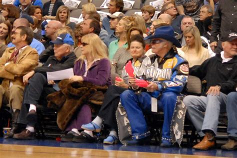 superfans   attend  games nba