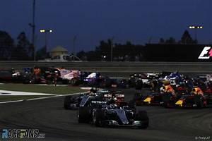 Grand Prix F1 2018 Calendrier : 2018 bahrain grand prix live f1 tv times racefans ~ Medecine-chirurgie-esthetiques.com Avis de Voitures
