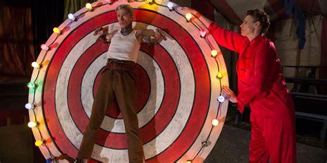 horror american story freak bullseye wheel episode dandy recap movie ahs fortune mott paul freakshow mat fraser huffpost dora act