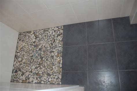 salle de bain gallet bac 224 224 l italienne en galets lyon rh 244 ne 69