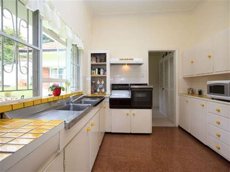 kitchen tiles designs pictures classic galley kitchen design using tiles kitchen photo 6298