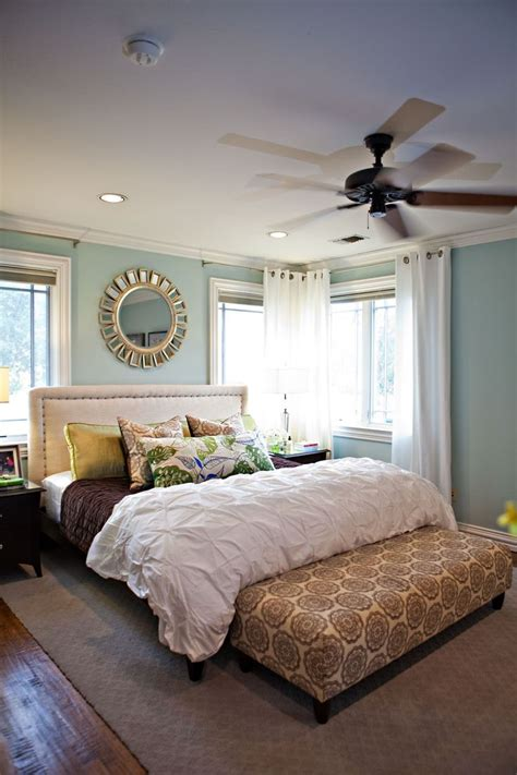 colors for master bedroom rainwashed paint color by benjamin pintuck duvet