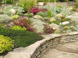 Gartenideen Mit Steinen : gartengestaltung mit steinen nutzen sie tipps von gartenideen pinterest ~ Indierocktalk.com Haus und Dekorationen