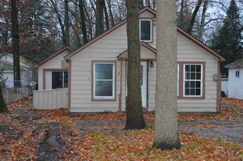 foreclosed cottages michigan prudenville michigan reo homes foreclosures in
