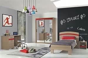 deco chambre adulte bleu 12 chambre gar231on bleu blanc With chambre bleu blanc rouge