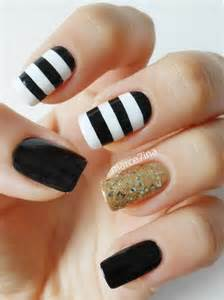 Black and white nail art images
