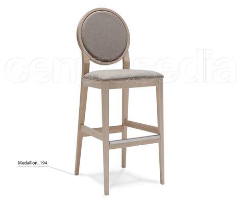 sgabello imbottito medaillon sgabello legno imbottito sgabelli design legno