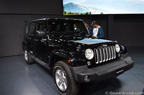 jeep wrangler unveiled  india   delhi auto expo