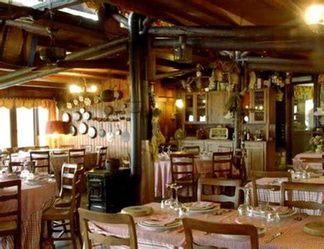 cottage ristorante roma agriturismo la cerra a tivoli un angolo di dolomiti con