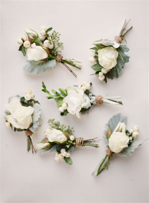Intimate Southern Wedding Dressed In Neutrals Flowers