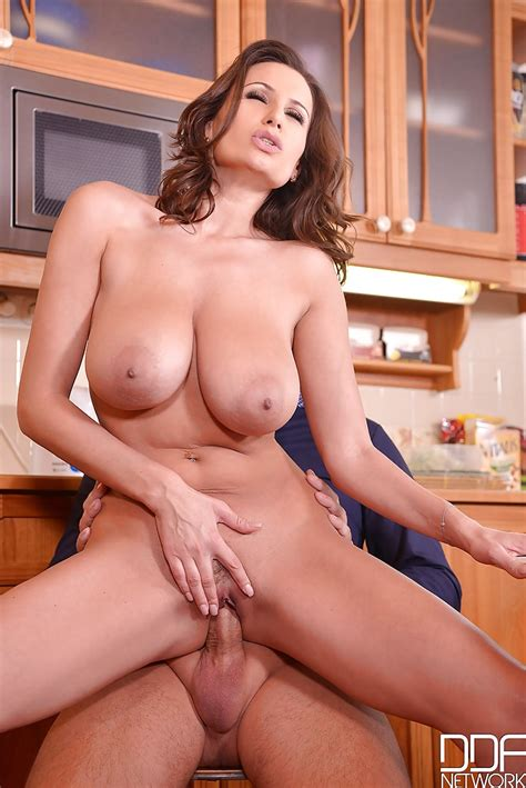 big boobed milf sensual jane riding on top of cock before
