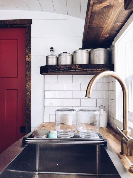 modern kitchen subway tile backsplashes design
