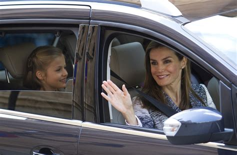 Letizia Ortiz, from TV presenter to queen of Spain | Lifestyle | GMA News Online