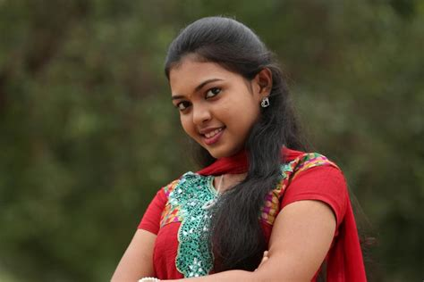 tamil serial actress jennifer facebook mridula vijay serial actress biography photos facebook