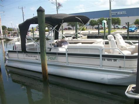 Used Pontoon Boats Premier by Used Pontoon Premier Boats For Sale 2 Boats