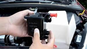 Changer Batterie C3 Picasso : how to change fuel filter 1 6 hdi peugeot 307 308 and citroen c4 youtube ~ Medecine-chirurgie-esthetiques.com Avis de Voitures