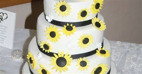 john deere cake party ideas pinterest weddings
