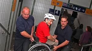 S Bahn Eching : lift defekt feuerwehr tr gt rollstuhlfahrerin zur s bahn freising ~ Orissabook.com Haus und Dekorationen